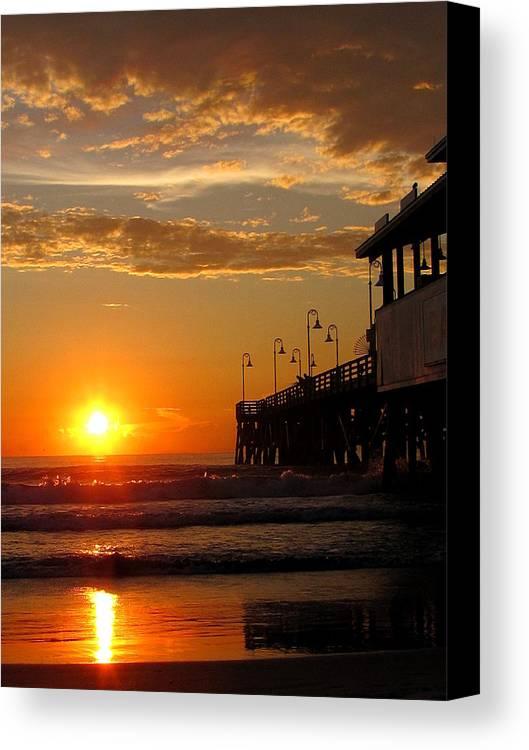 Daytona Canvas Print featuring the photograph Sunrise At Daytona Beach Pier 004 by Chris Mercer