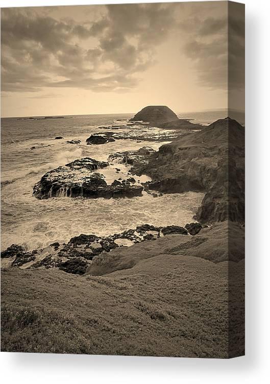 Beach Canvas Print featuring the photograph Beach by Girish J