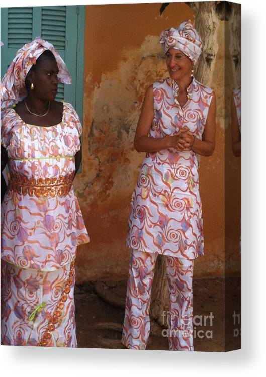 Faniart Canvas Print featuring the photograph Femmes De Goree by Fania Simon
