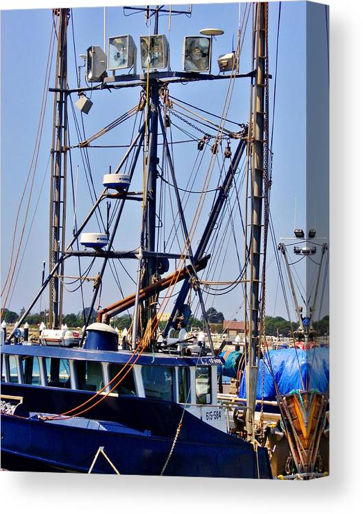 Rigging Canvas Print featuring the photograph Rigging by Marilyn Diaz