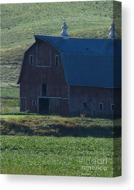 Old Barn Canvas Print featuring the photograph The Old Style by Greg Patzer