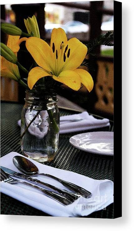 Table-scape Canvas Print featuring the photograph Casual Affair by Linda Shafer