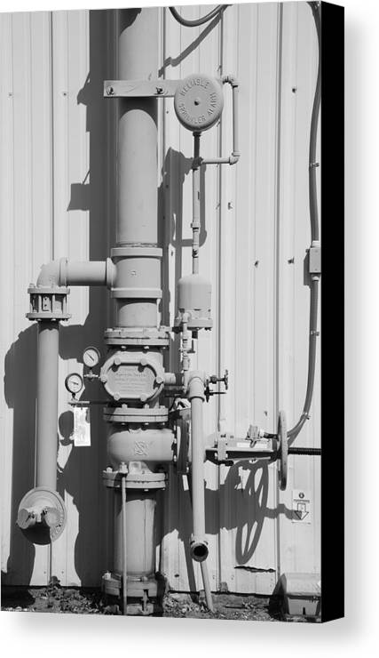 Black And White Canvas Print featuring the photograph Mechanical Doo Dad by Rob Hans