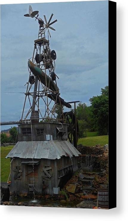 Pigeon Forge Canvas Print featuring the photograph Windmill House 1 by Ron Kandt