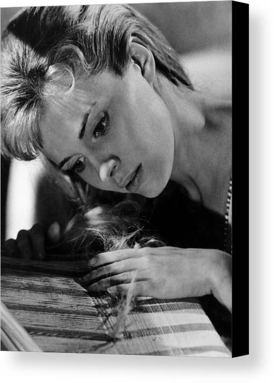 1964 Movies Canvas Print featuring the photograph Lilith, Jean Seberg, 1964. Csu by Everett