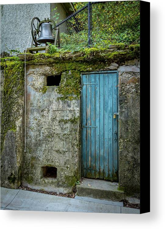 Old Canvas Print featuring the photograph Doorbell by Shawn Einerson