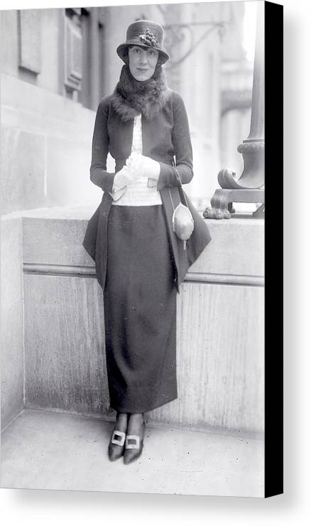 Woman Marion Harris 1896 1944 New York Ny American Blues Pop Jazz Singer Female Vintage Black White 1920 Bw Canvas Print featuring the photograph Marrion Harris 1920 by Steve K