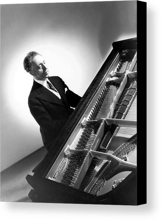 1940s Portrait Canvas Print featuring the photograph Pianist Artur Rubinstein, 1944 by Everett