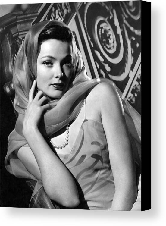 11x14lg Canvas Print featuring the photograph The Razors Edge, Gene Tierney, 1946 by Everett