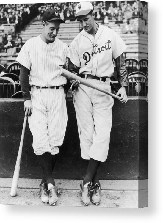 Baseball Cap Canvas Print featuring the photograph Hank Greenberg And Lou Gehrig by Fpg