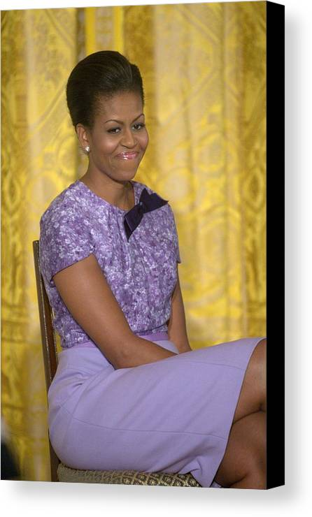 Michelle Obama Canvas Print featuring the photograph Michelle Obama Wearing An Anne Klein by Everett