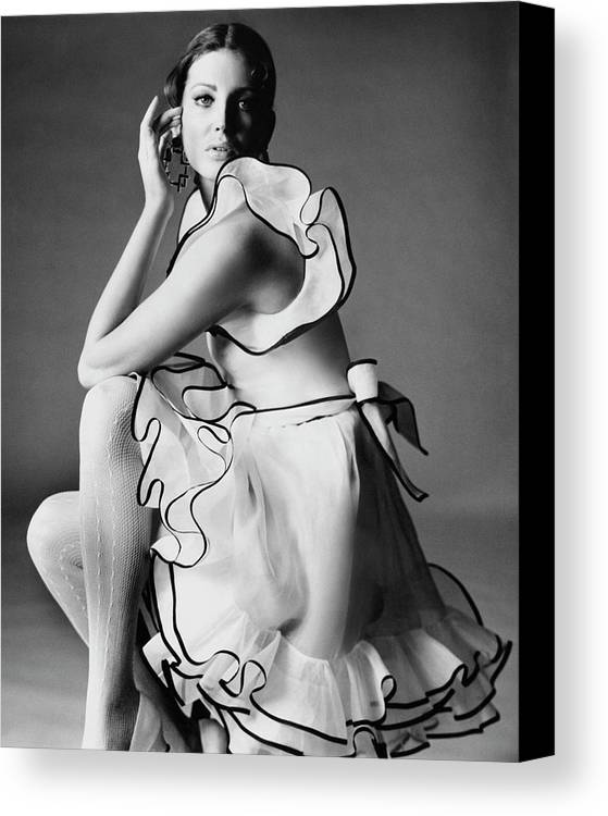 Actress Canvas Print featuring the photograph Gayle Hunnicutt Wearing A Oscar De La Renta Dress by Bert Stern