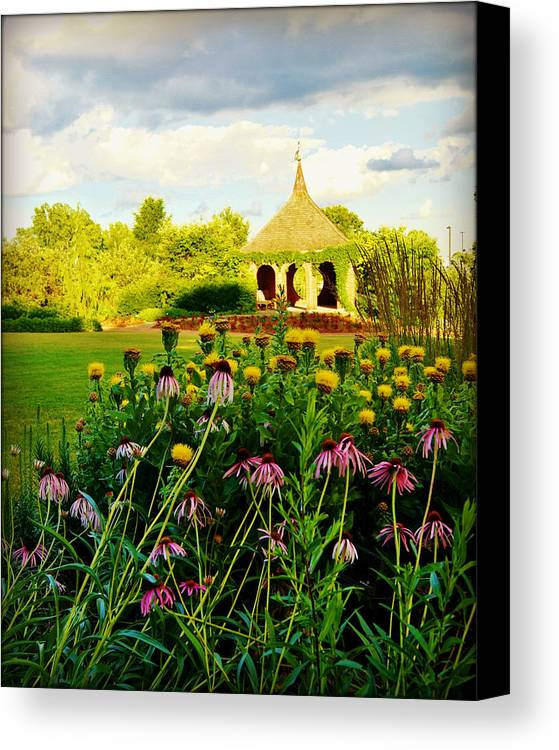 Collections By Carol Canvas Print featuring the photograph Landscape Artist by Carol Toepke