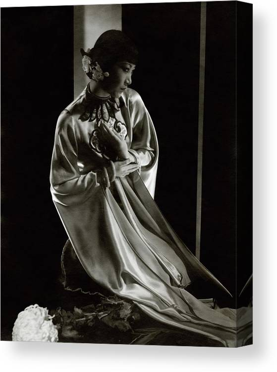 Actress Canvas Print featuring the photograph Portrait Of Anna May Wong by Edward Steichen