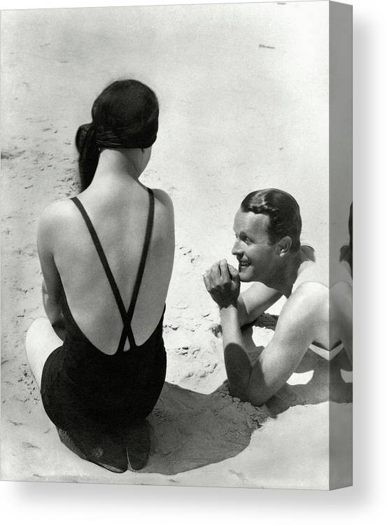 Outdoors Canvas Print featuring the photograph Couple On A Beach by George Hoyningen-Huene