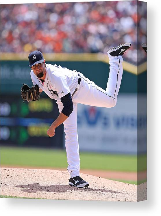 American League Baseball Canvas Print featuring the photograph Robbie Ray by Leon Halip