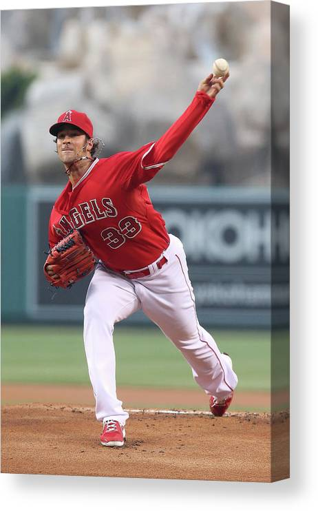 American League Baseball Canvas Print featuring the photograph New York Yankees V Los Angeles Angels by Stephen Dunn