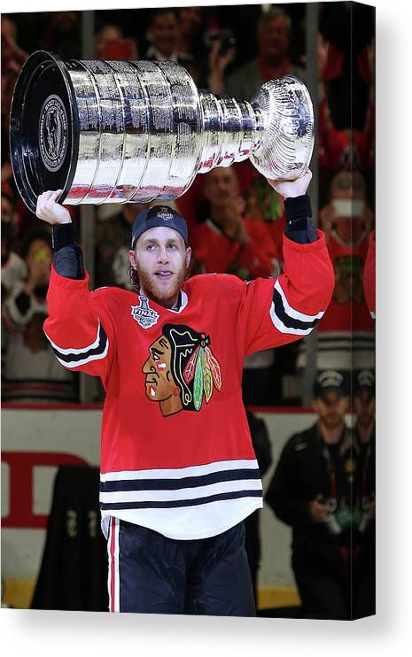Playoffs Canvas Print featuring the photograph 2015 Nhl Stanley Cup Final - Game Six by Tasos Katopodis