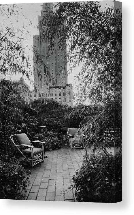 Home Canvas Print featuring the photograph Jack Little's Garden In New York City by A E Boutrelle
