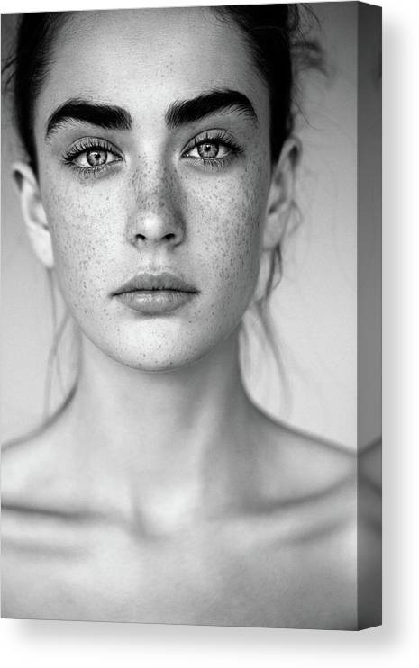 People Canvas Print featuring the photograph Outdoor Shot Of Young Beautiful Woman by Coffeeandmilk
