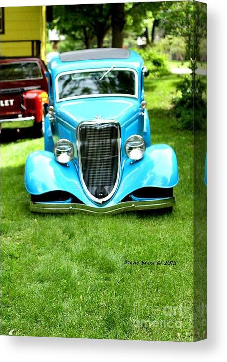 Classic Vintage Auto Automobile Car Life Photograph Collect Collection Canvas Print featuring the photograph Beyond Classic. by Stevie Ellis