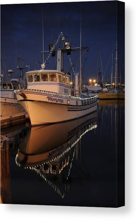 Fishing Canvas Print featuring the photograph Christmas Wenona by Alasdair Turner