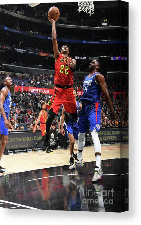 Nba Pro Basketball Canvas Print featuring the photograph Atlanta Hawks V La Clippers by Andrew D. Bernstein