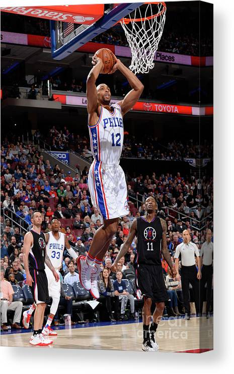 Nba Pro Basketball Canvas Print featuring the photograph La Clippers V Philadelphia 76ers by David Dow