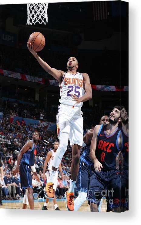 Nba Pro Basketball Canvas Print featuring the photograph Phoenix Suns V Oklahoma City Thunder by Zach Beeker