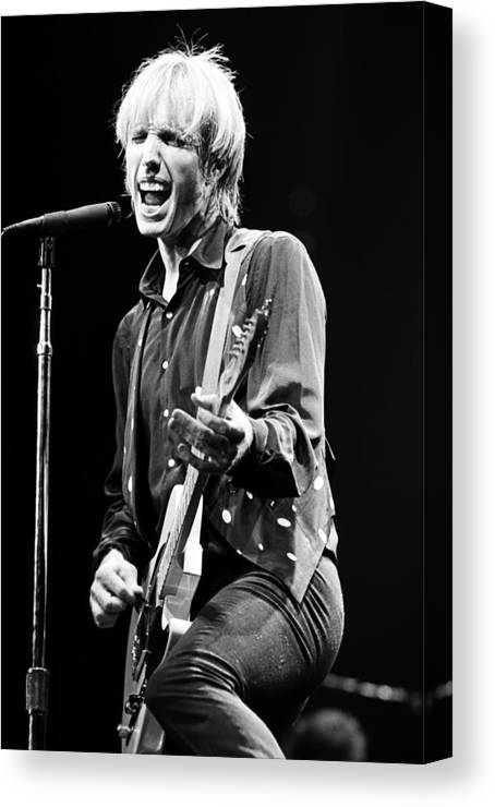 Tom Petty Canvas Print featuring the photograph Singer Tom Petty Performs In Concert by George Rose