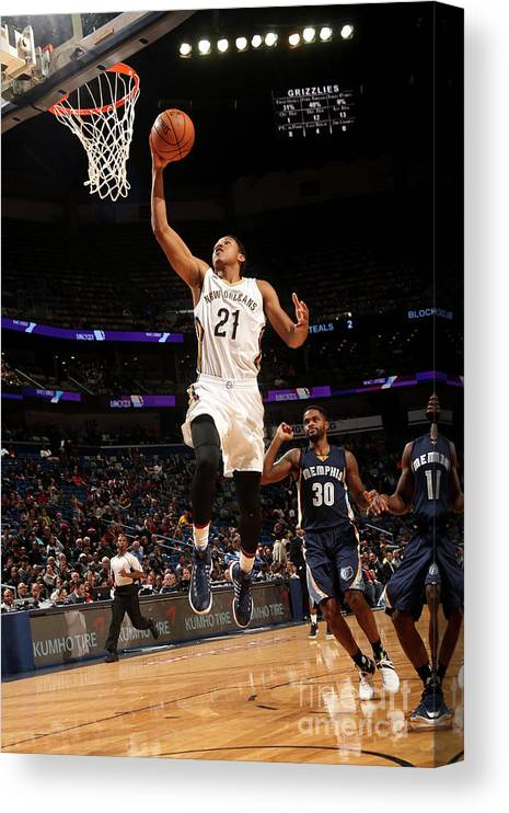 Smoothie King Center Canvas Print featuring the photograph Memphis Grizzlies V New Orleans Pelicans by Layne Murdoch