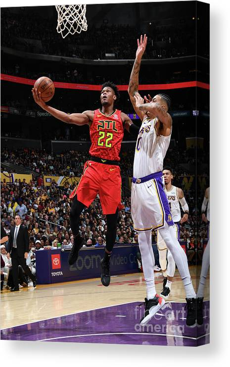 Nba Pro Basketball Canvas Print featuring the photograph Atlanta Hawks V Los Angeles Lakers by Andrew D. Bernstein