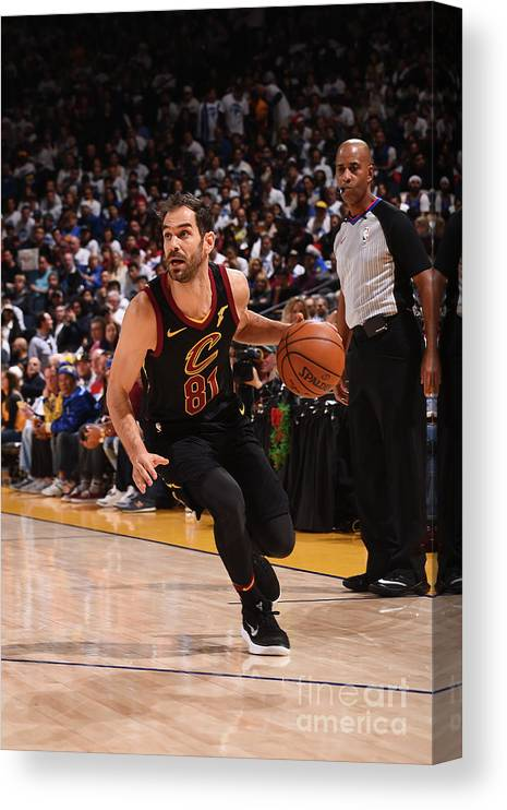 Nba Pro Basketball Canvas Print featuring the photograph Cleveland Cavaliers V Golden State by Noah Graham