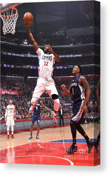 Nba Pro Basketball Canvas Print featuring the photograph Memphis Grizzlies V Los Angeles Clippers by Andrew D. Bernstein