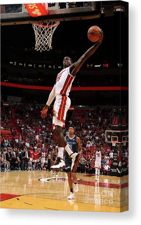 Nba Pro Basketball Canvas Print featuring the photograph Memphis Grizzlies V Miami Heat by Oscar Baldizon