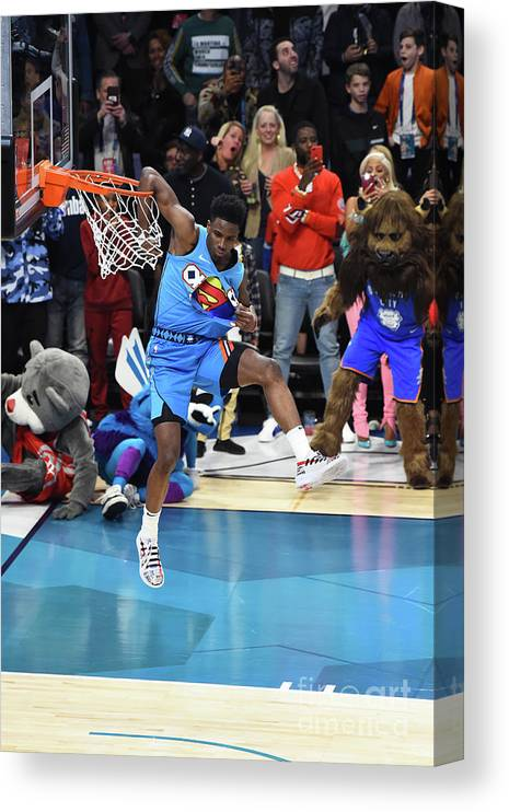 Nba Pro Basketball Canvas Print featuring the photograph 2019 At&t Slam Dunk Contest by Juan Ocampo