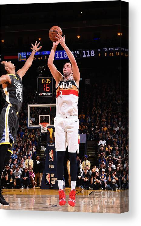 Nba Pro Basketball Canvas Print featuring the photograph New Orleans Pelicans V Golden State by Noah Graham