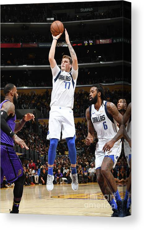 Nba Pro Basketball Canvas Print featuring the photograph Dallas Mavericks V Los Angeles Lakers by Andrew D. Bernstein