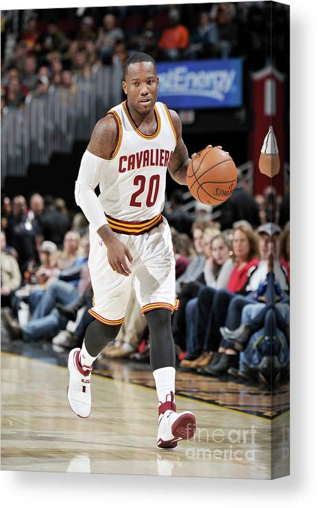 Nba Pro Basketball Canvas Print featuring the photograph Memphis Grizzlies V Cleveland Cavaliers by David Liam Kyle