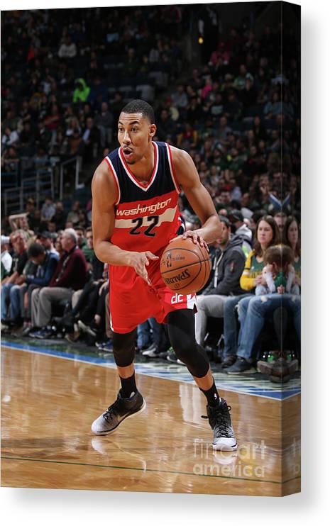 Nba Pro Basketball Canvas Print featuring the photograph Washington Wizards V Milwaukee Bucks by Gary Dineen
