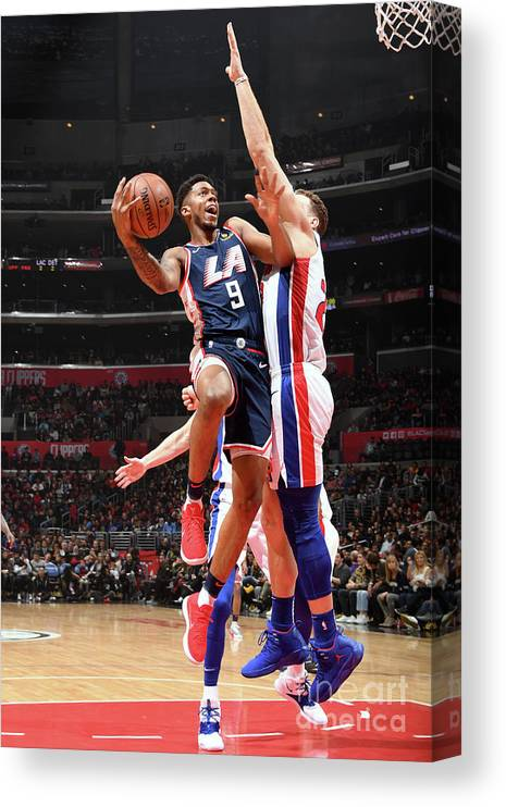 Nba Pro Basketball Canvas Print featuring the photograph Detroit Pistons V La Clippers by Andrew D. Bernstein