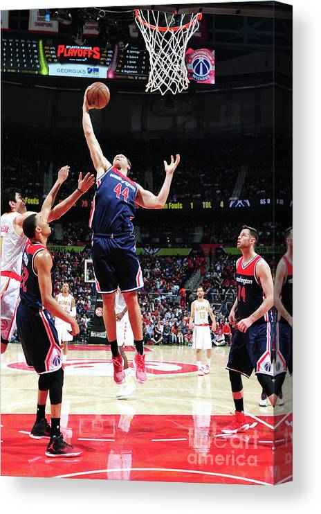 Atlanta Canvas Print featuring the photograph Washington Wizards V Atlanta Hawks - by Scott Cunningham