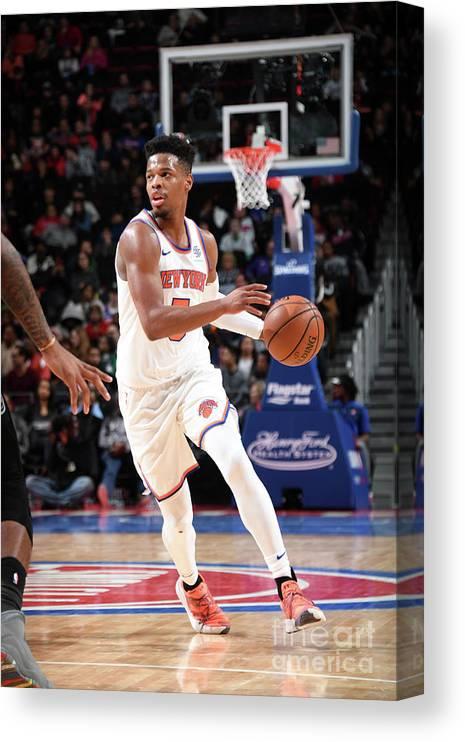 Nba Pro Basketball Canvas Print featuring the photograph New York Knicks V Detroit Pistons by Chris Schwegler