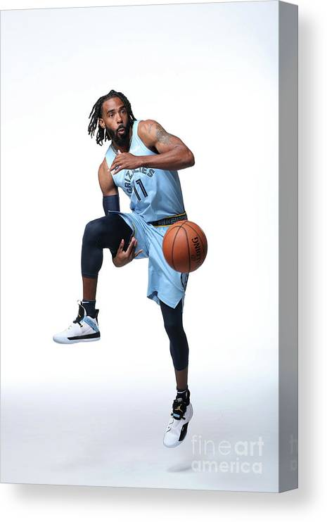Media Day Canvas Print featuring the photograph 2018-19 Memphis Grizzlies Media Day by Joe Murphy