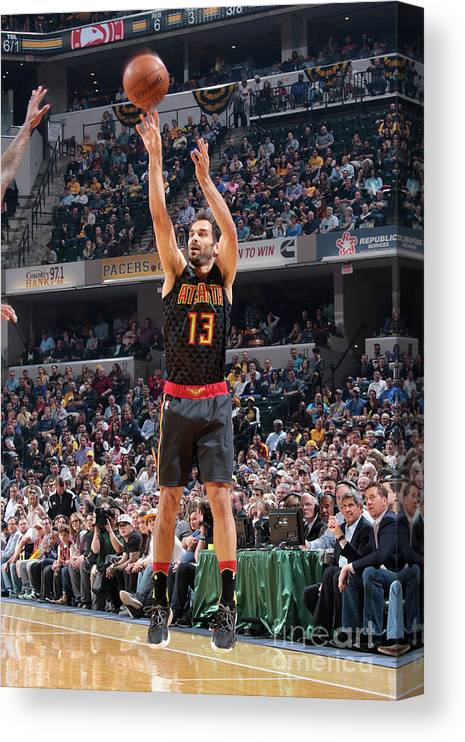 Nba Pro Basketball Canvas Print featuring the photograph Atlanta Hawks V Indiana Pacers by Ron Hoskins
