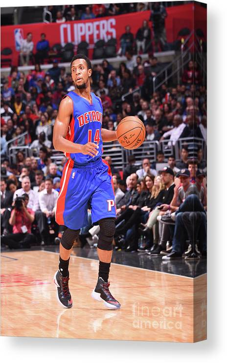 Nba Pro Basketball Canvas Print featuring the photograph Detroit Pistons V La Clippers by Juan Ocampo