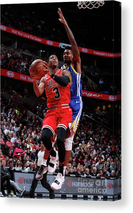 Nba Pro Basketball Canvas Print featuring the photograph Golden State Warriors V Chicago Bulls by Jeff Haynes