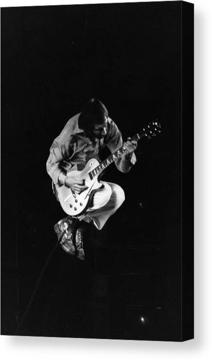 Rock Music Canvas Print featuring the photograph Jumping Townshend by Evening Standard