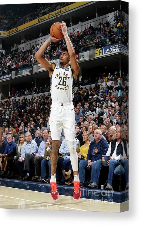 Nba Pro Basketball Canvas Print featuring the photograph La Clippers V Indiana Pacers by Ron Hoskins