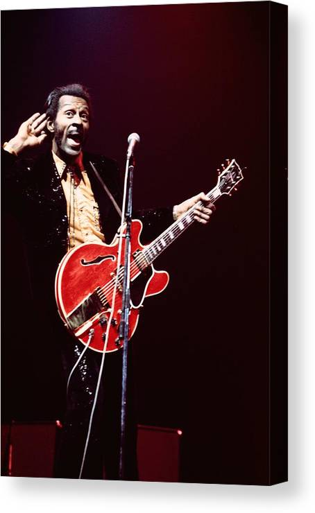 Chuck Berry - Musician Canvas Print featuring the photograph Photo Of Chuck Berry by Andrew Putler